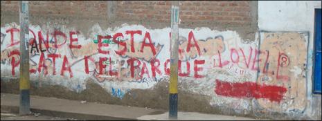 Asi-pintaron-los-vecinos-indignados-las-paredes