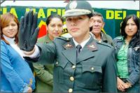 BASTA-YA-PNP-Mujer