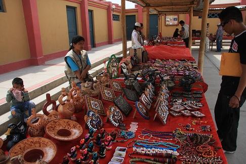 Taller de cer mica moche en vive y recorre la ruta moche for Ceramica artesanal peru